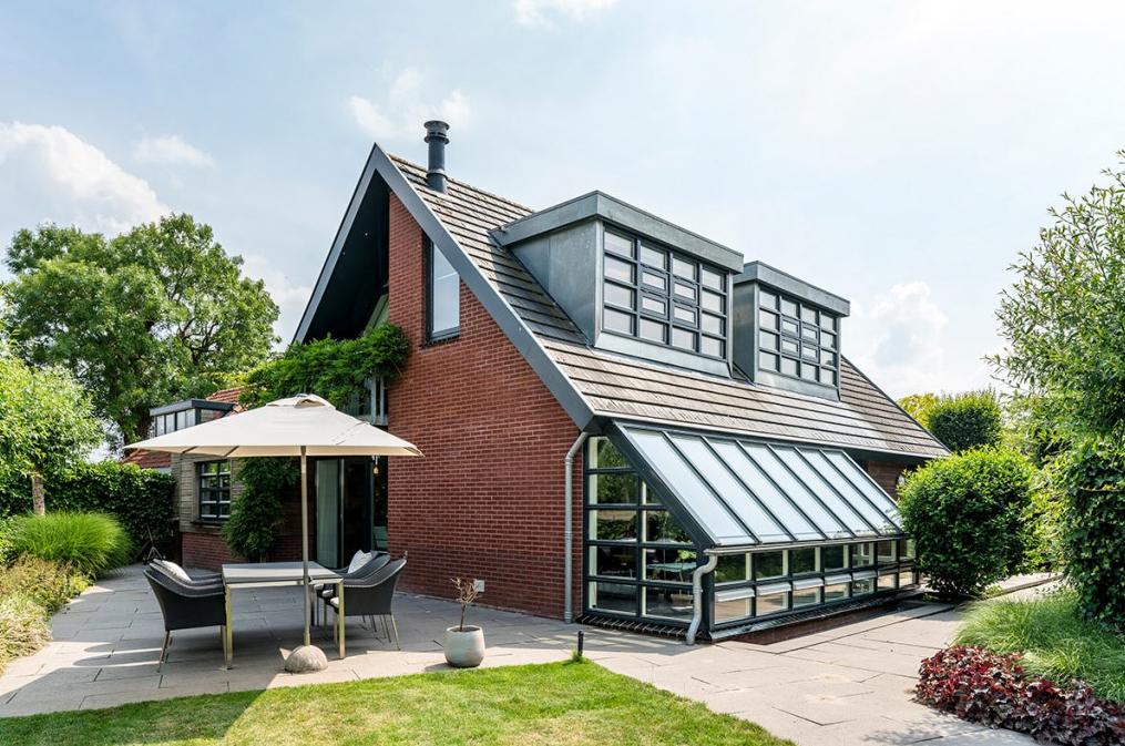 Een huis kopen net buiten Amsterdam: een slimme keus